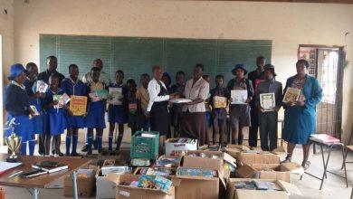 Photo of Six Umguza schools receive books from ORAP