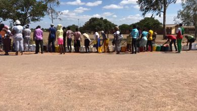 Photo of Byo residents continue to violate social distancing rule