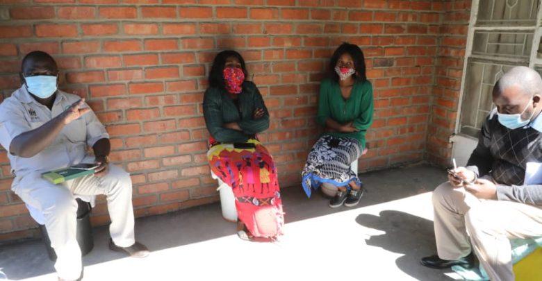 Photo of Covid-19: Zimbabwe women bear the brunt of govt crackdown