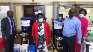 Photo of Byo Mayor, Minister appeal for more PPE as health workers hit hard by Covid-19